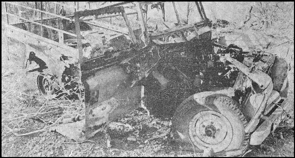 Land Rover destroyed in ambush by MNR / Renamo, 1979