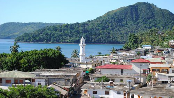 Mayotte, Comoros