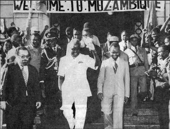 Kaunda visit to Mozambique, 1976