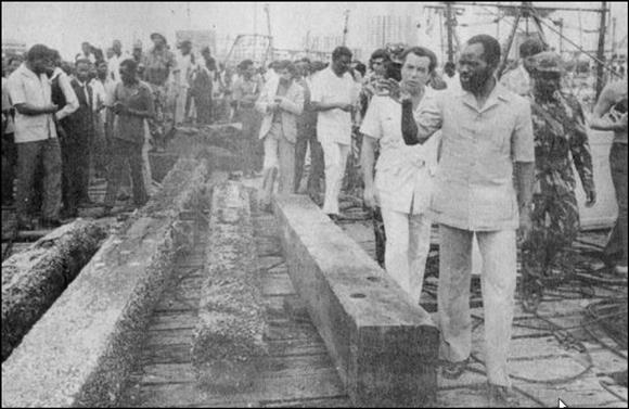 Samora Machel, Beira Port, 1977